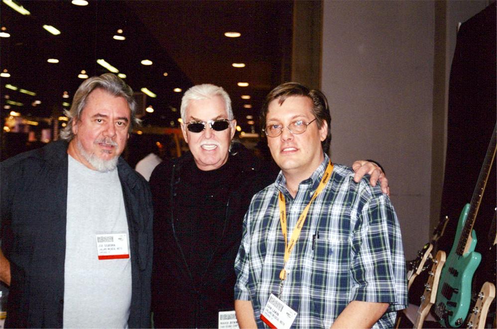Joe, Max Bennett, Dan